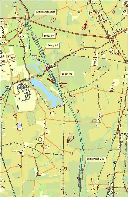 Översiktskarta som visar ny sträckning för väg 51 och läget för de fornlämningsområden som undersöktes.